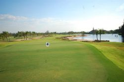 Royal Lakeside golf Club1